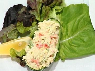 Лёгкий салат с листьями салата