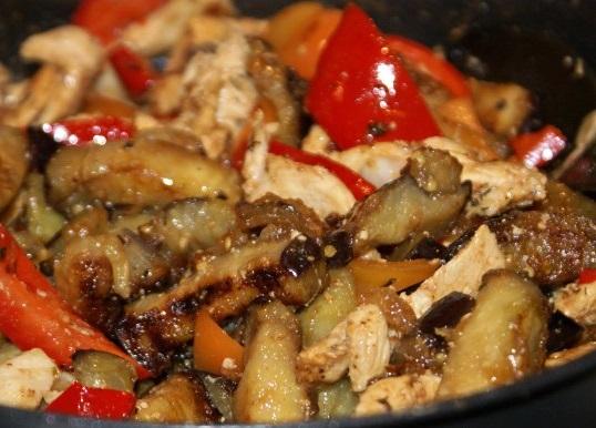 Рецепт курицы с баклажанами в духовке